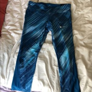 Brand new never been worn Nike running Capri